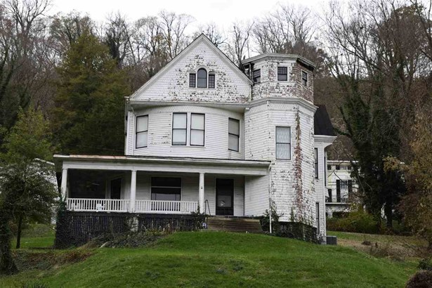 Single Family,Single Family Detached, Historic - Maysville, KY