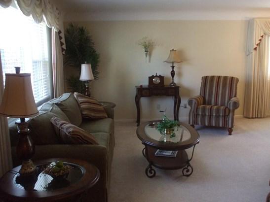 Single Family Residence, Ranch - Cincinnati, OH (photo 5)