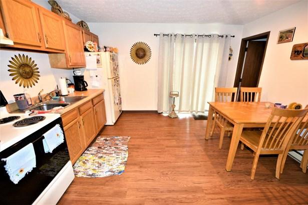 Apartment 5+ Units - Seven Mile, OH (photo 3)