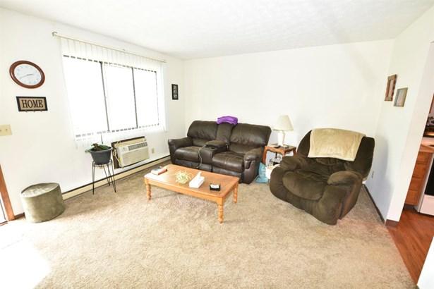 Apartment 5+ Units - Seven Mile, OH (photo 4)
