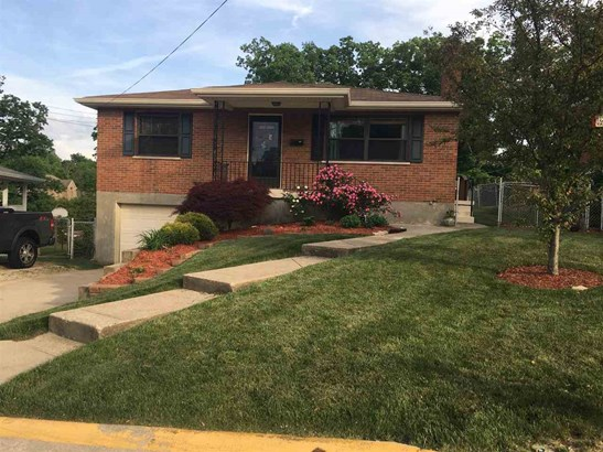 Single Family,Single Family Detached, Traditional - Highland Heights, KY (photo 1)
