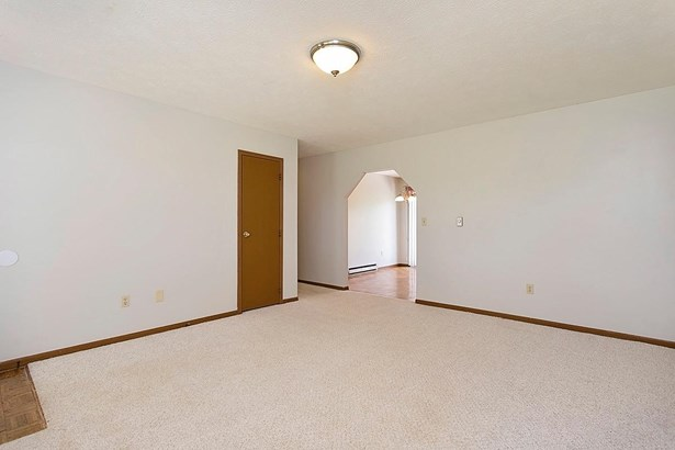 Ranch,Traditional, Single Family Residence - Scott Twp, OH (photo 4)
