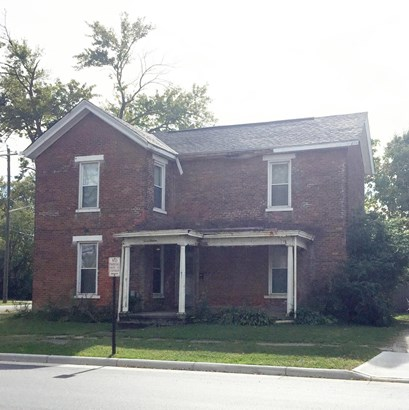 Single Family Residence, Colonial - Blanchester, OH (photo 2)