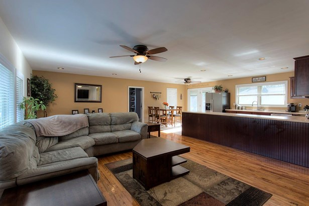 Single Family Residence, Traditional,Ranch - Aberdeen, OH (photo 4)