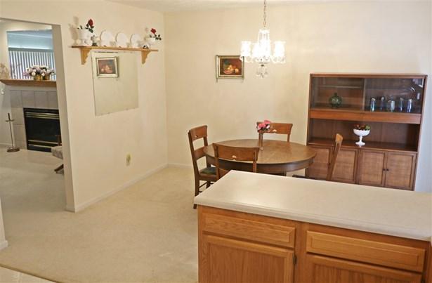Ranch, Single Family,Single Family Detached - Burlington, KY (photo 4)