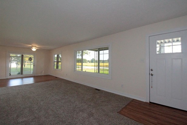 Single Family Residence, Traditional,Ranch - Tate Twp, OH (photo 4)