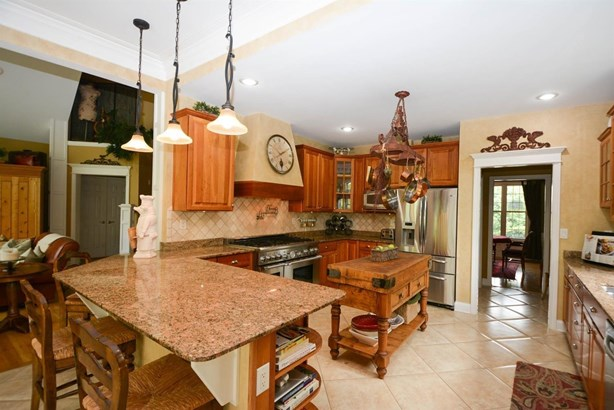 Single Family Residence, Traditional - Liberty Twp, OH (photo 4)