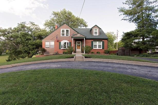 Cape Cod, Single Family Residence - Bethel, OH (photo 1)
