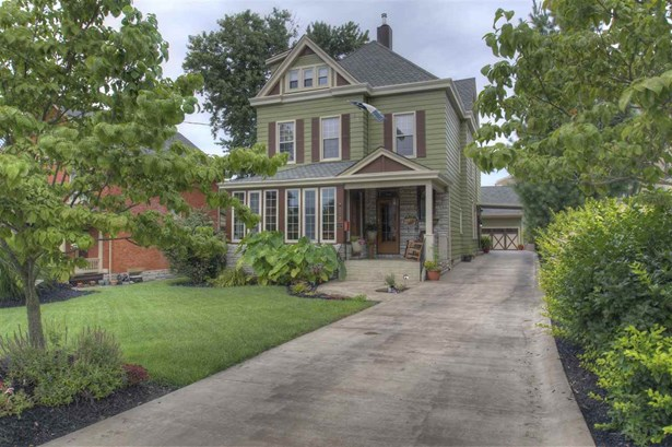 Single Family,Single Family Detached, Traditional - Fort Thomas, KY