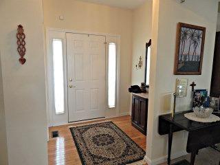 Single Family Residence, Ranch,Transitional - Loveland, OH (photo 2)