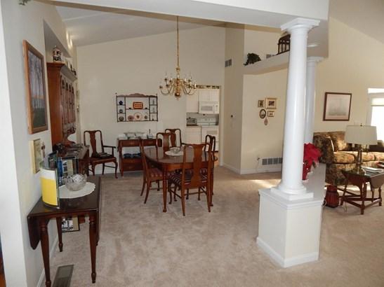 Single Family Residence, Ranch,Transitional - Loveland, OH (photo 4)