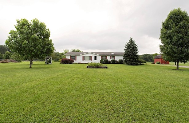 Single Family Residence, Ranch - Clay Twp, OH (photo 1)