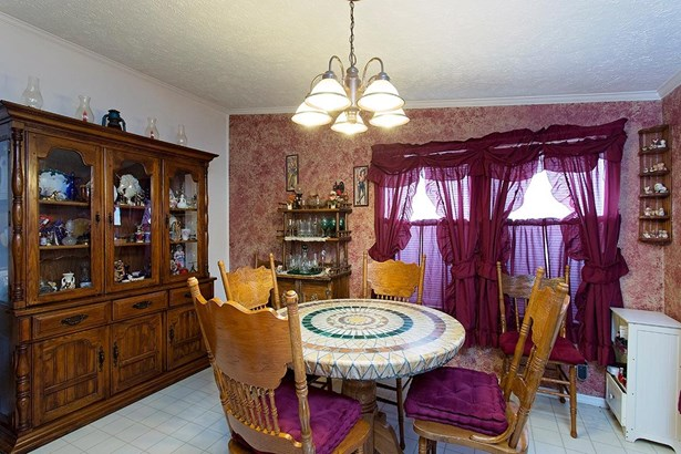 Single Family Residence, Ranch - Clay Twp, OH (photo 5)
