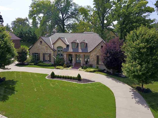 Transitional, Single Family,Single Family Detached - Crestview Hills, KY (photo 1)