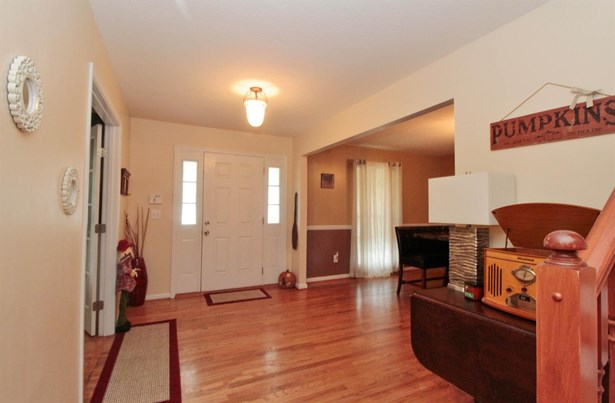 Single Family Residence, Traditional - Batavia Twp, OH (photo 3)