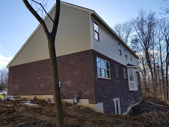 Transitional, Single Family Residence - Loveland, OH (photo 2)