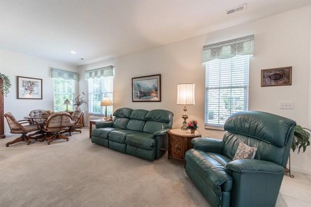 Condominium, Traditional,Ranch - Harrison, OH (photo 5)