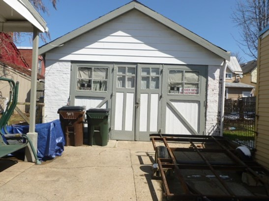 1-bedroom Units,2-bedroom Units,Multi Fam 2-4 Units - Newport, KY (photo 4)