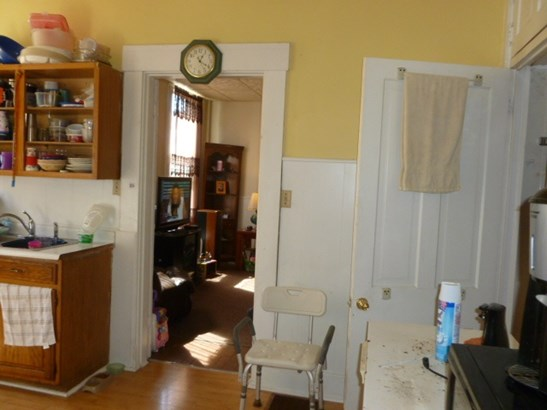 1-bedroom Units,2-bedroom Units,Multi Fam 2-4 Units - Newport, KY (photo 5)