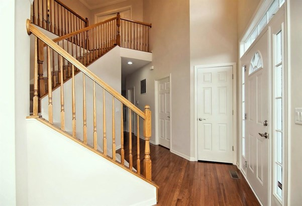 Transitional, Single Family Residence - Batavia Twp, OH (photo 4)