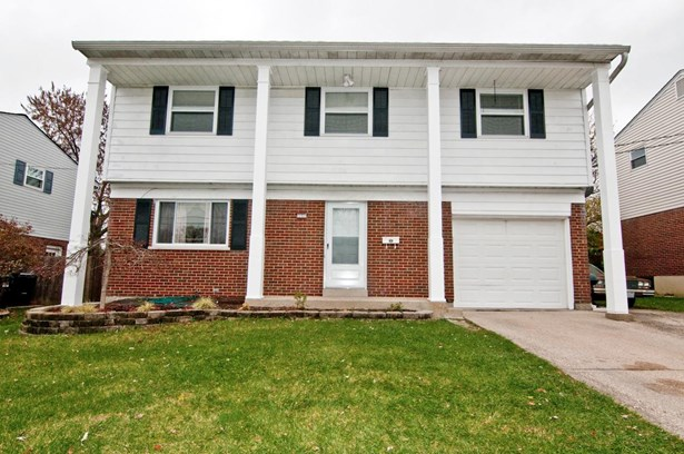 Single Family Residence, Colonial - Colerain Twp, OH (photo 1)