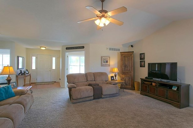 Ranch,Traditional, Single Family Residence - Bethel, OH (photo 5)