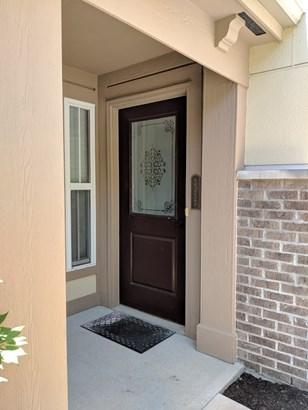 Condominium,Single Family Attached, Traditional - Covington, KY (photo 2)