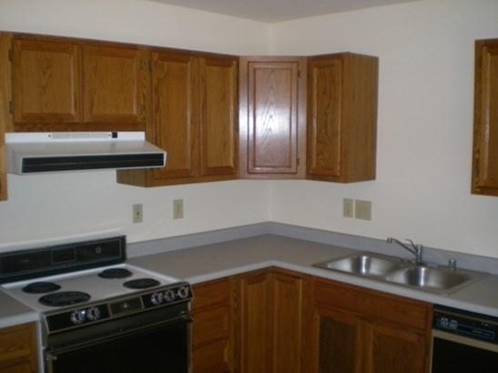 Apartment 5+ Units - Newport, KY (photo 5)