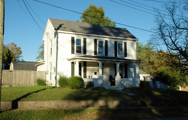 Single Family Residence, Traditional - Williamsburg, OH (photo 1)