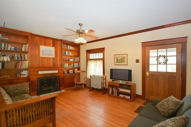 Cape Cod, Single Family Residence - Milford, OH (photo 4)