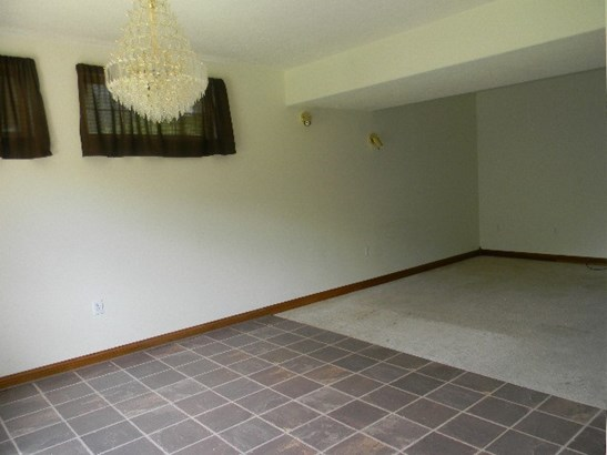 Transitional, Single Family,Single Family Detached - Highland Heights, KY (photo 5)