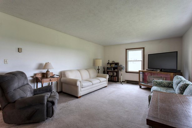 Single Family Residence, Ranch - Pleasant Twp, OH (photo 2)