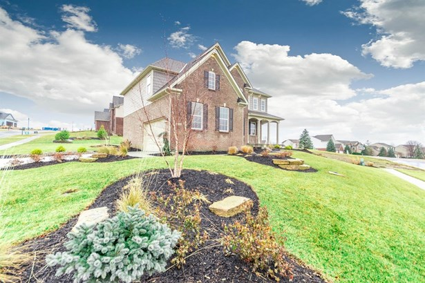 Single Family Residence, Traditional - Liberty Twp, OH (photo 2)