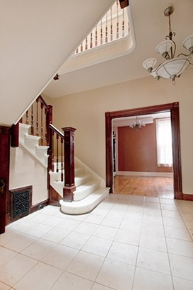 Townhouse,Single Family Attached, Traditional - Covington, KY (photo 3)
