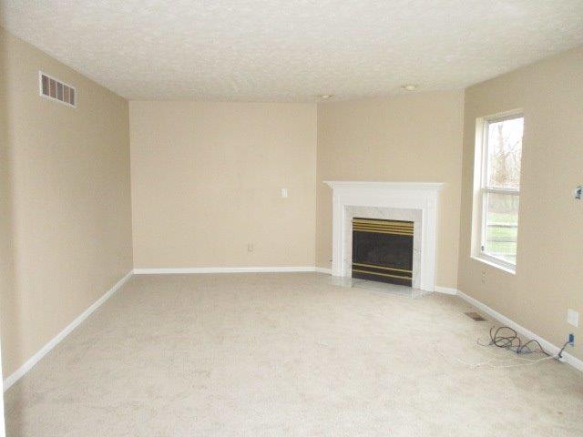 Transitional, Single Family Residence - Amelia, OH (photo 5)