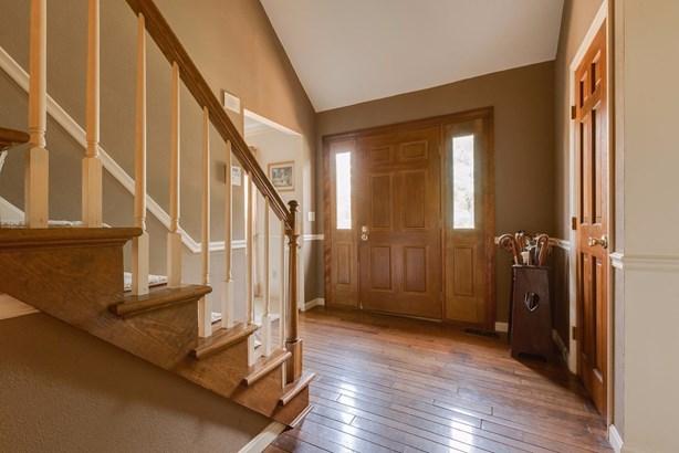 Cape Cod, Single Family Residence - Fairfield, OH (photo 3)