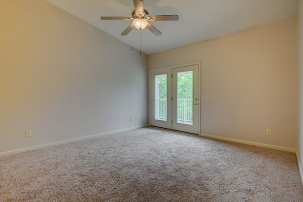 Condominium,Single Family Attached, Traditional - Erlanger, KY (photo 3)
