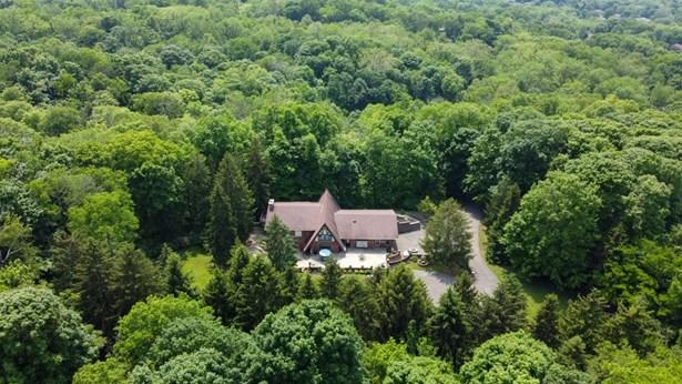 Transitional,Tudor, Single Family Residence - Colerain Twp, OH