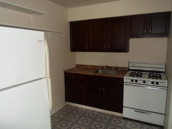 Multi Fam 2-4 units - Miami Twp, OH (photo 5)
