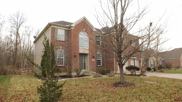Single Family Residence, Contemporary/Modern - Union Twp, OH (photo 2)