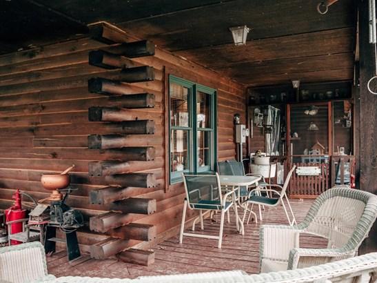 Single Family Residence, Log - Goshen Twp, OH (photo 4)