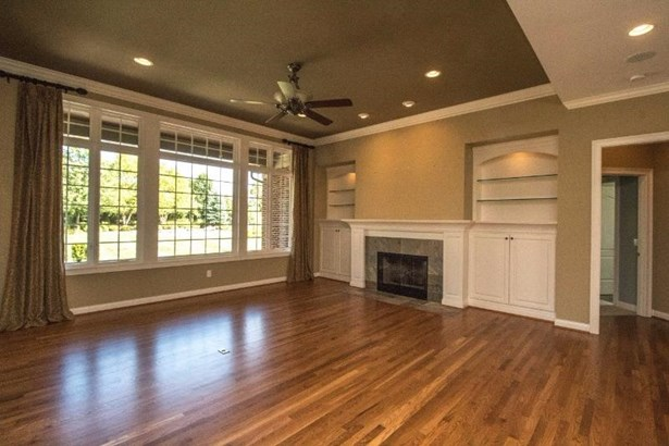 Transitional, Single Family Residence - Anderson Twp, OH (photo 3)