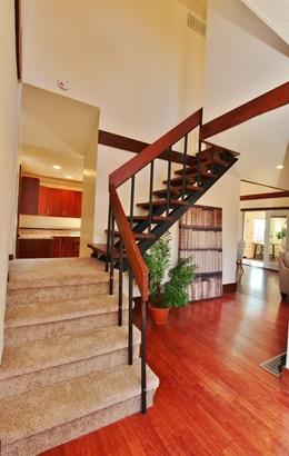 Single Family Residence, Contemporary/Modern - Washington Twp, OH (photo 4)