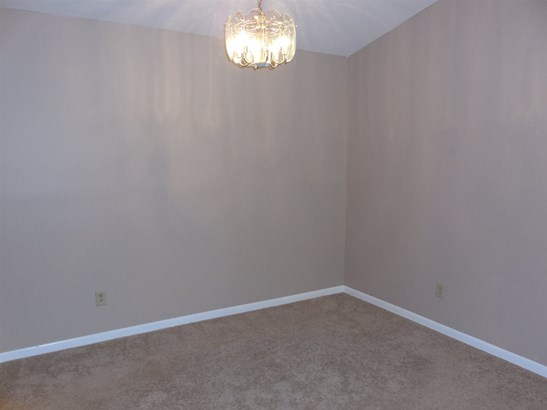 Condominium,Single Family Attached, Traditional - Wilder, KY (photo 5)
