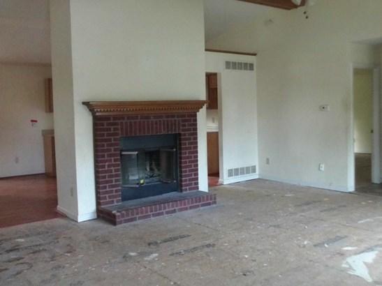 Ranch, Single Family,Single Family Detached - Covington, KY (photo 2)