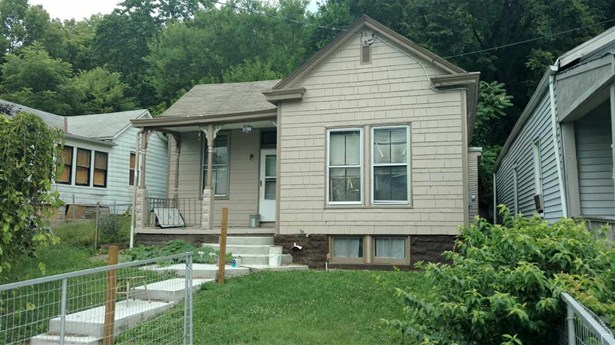 Single Family,Single Family Detached, Traditional - Covington, KY (photo 1)