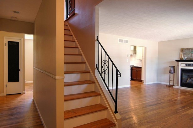 Single Family Residence, Traditional - Reading, OH (photo 2)