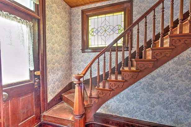 Single Family Residence, Victorian - Georgetown, OH (photo 2)