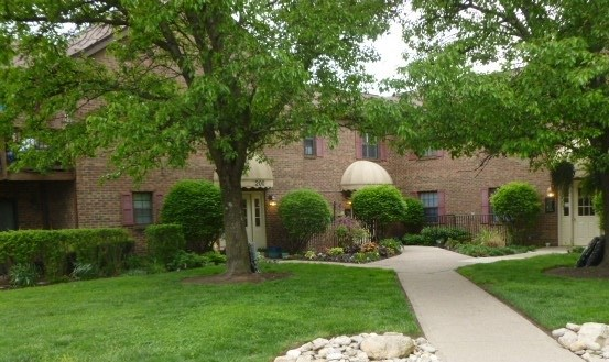 Condominium,Single Family Attached, Traditional - Fort Thomas, KY (photo 1)