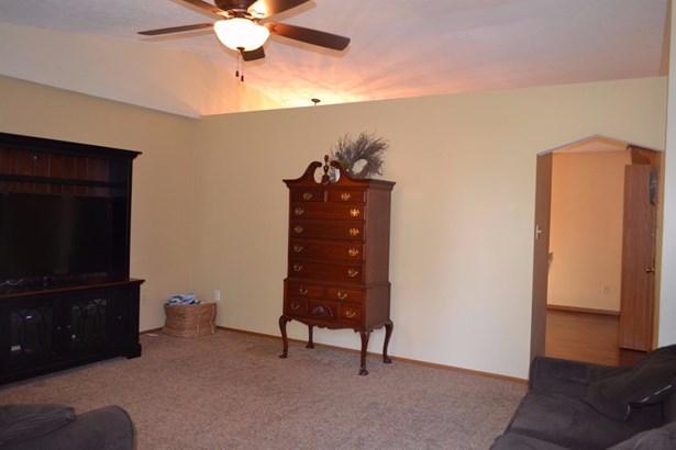 Single Family Residence, Traditional,Ranch - Carlisle, OH (photo 3)